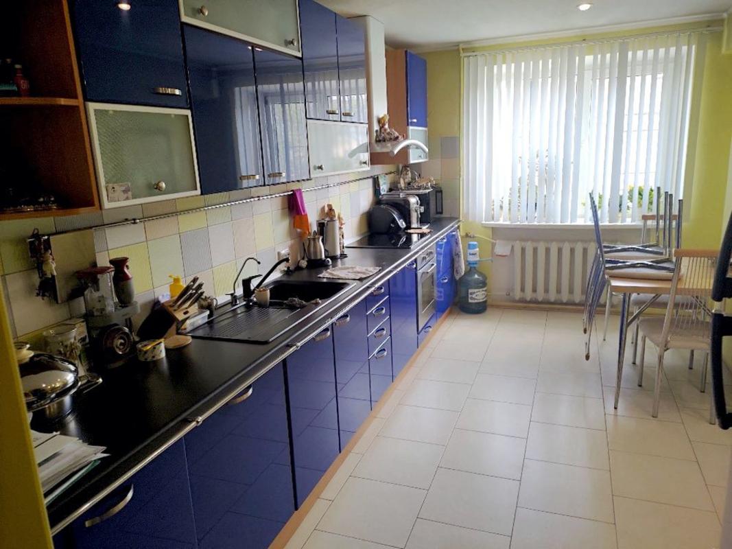 продам 3-комнатную квартиру Днепр, ул.Универсальный пер., 7а - Фото 3