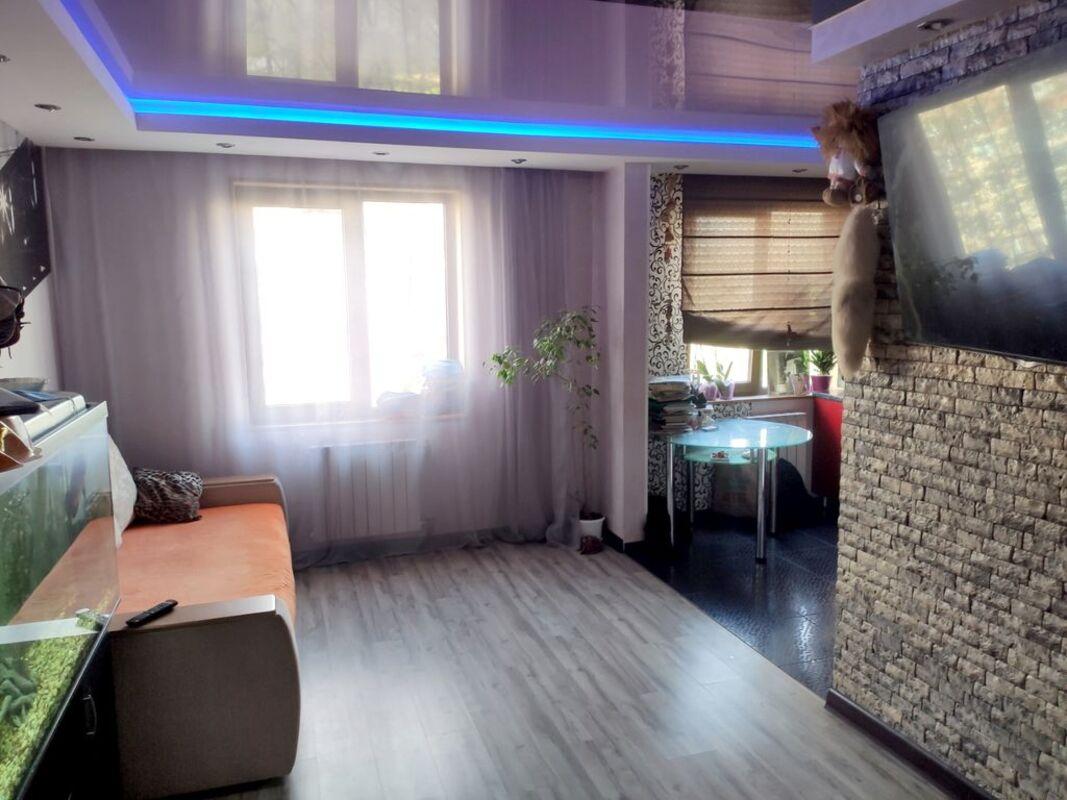 продам 3-комнатную квартиру Днепр, ул.Мира пр., 12 - Фото 1