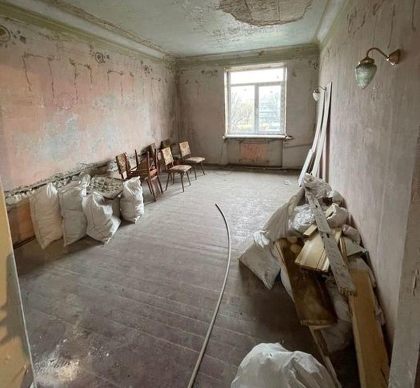 продам 3-комнатную квартиру Днепр, ул.Универсальная , 3 - Фото 1
