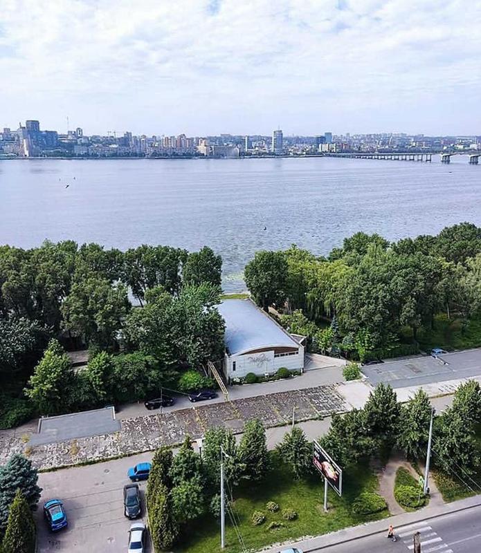 продам 2-комнатную квартиру Днепр, ул.Малиновского Маршала , 34 - Фото 1
